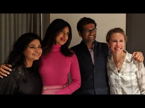 Priyanka Chopra Meets Her fans at Newyork
