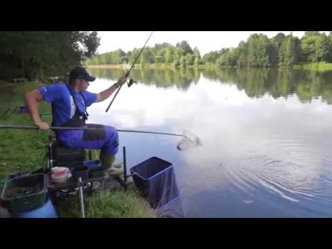 видео ловля плотвы на матчевую удочку