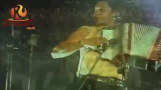Carlos Vives - La gota fría.