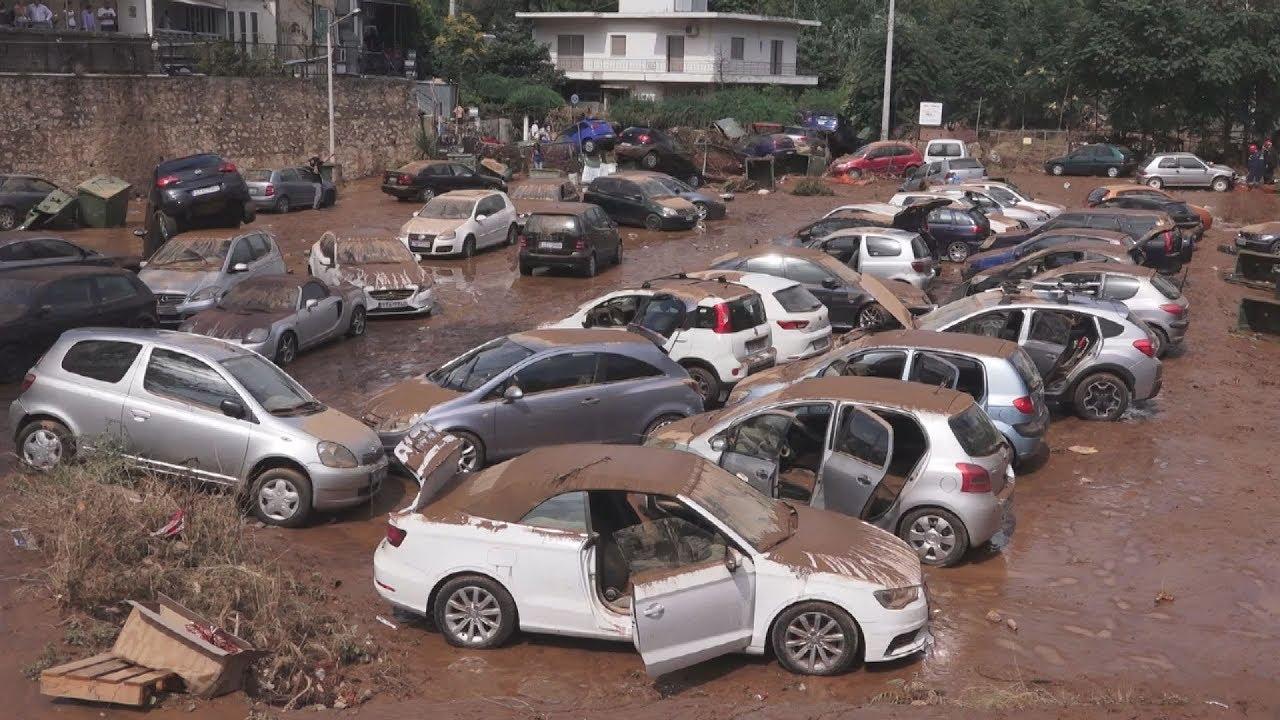 Πλημμύρισαν από τη νεροποντή περιοχές στο Μαρούσι και την Κηφισιά