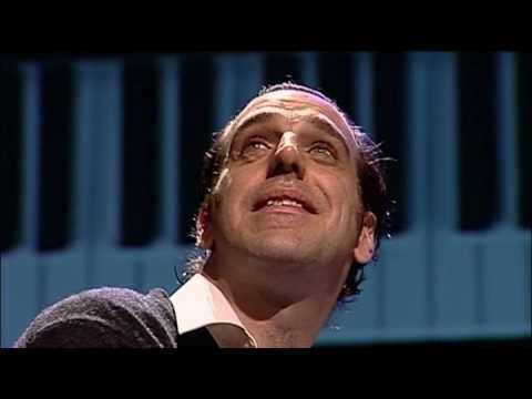 Chilly Gonzales Solo Piano Presented in Pianovision