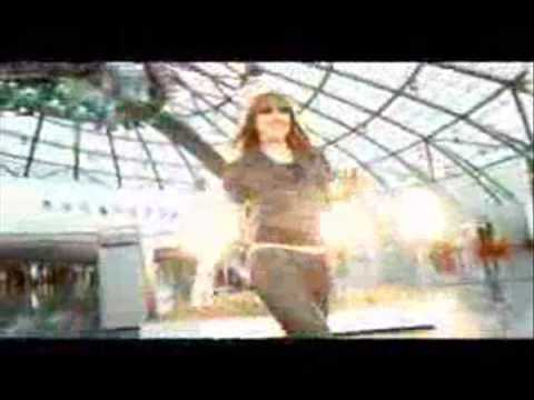 Tekst piosenki Melanie C - Little piece of me po polsku