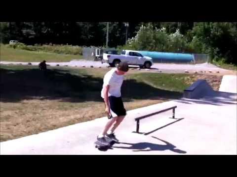 Dominic DeVries | Weston Hutchinson @ Lake Errock Skatepark