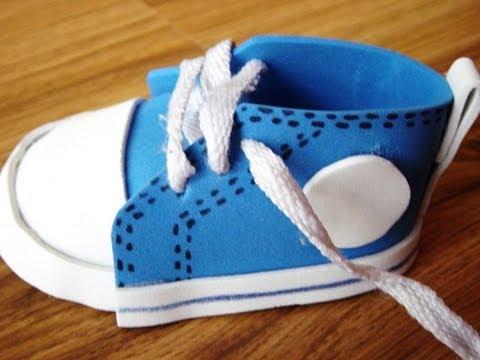 Sandalias para baby shower en goma eva - Imagui