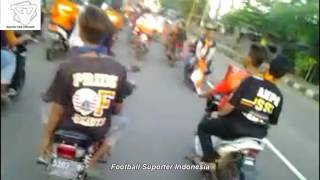 Video Konvoi Di Jawa Barat Jakmania Teriaki Viking Persib MP3, 3GP, MP4, WEBM, AVI, FLV Januari 2019