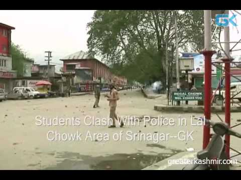 Students Clash With Police in Lal Chowk Area of Srinagar