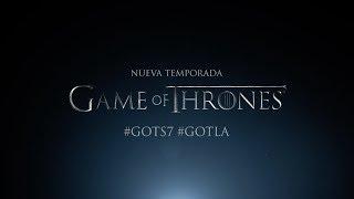 La gran guerra inicia este 16 de julio. Reúnan al reino. Compartan el trailer oficial de la 7ª temporada de GAME OF THRONES.Sigue a HBO LATAMHBO Latam Facebook: http://www.facebook.com/HBOLatAmHBO Latam Twitter: http://www.twitter.com/HBOLATHBO Latam Instagram: https://www.instagram.com/hbolatam/HBO Latam Periscope: http://www.periscope.tv/HBOLATMira HBO GO: http://www.hbogola.comSobre HBO LATAMHBO es un canal premium de televisión que ofrece series, documentales y películas exclusivas, además de contenido original que se destaca por series premiadas como Game of Thrones, El Negocio, Girls, Silicon Valley y Vinyl.