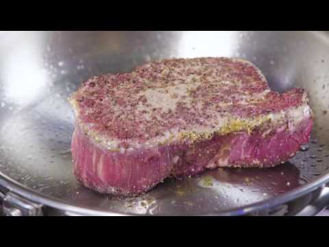 Sear your steak perfectly with the Thermador gas cooktop