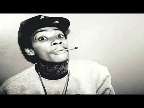 Juicy J feat. Wiz Khalifa - Stoners Night Part 2(very hot new song 2011+lyrics) (видео)