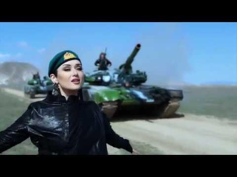 العرب اليوم - شاهد: فيديو غنائي يستعرض أسلحة أحد الجيوش الأسيوية