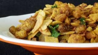 Spicy Chapati Crumble - Gujarati Vaghareli Bhakri Recipe