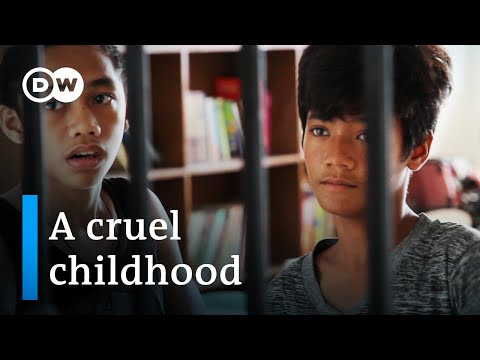 Street children in the Philippines | DW Documentary