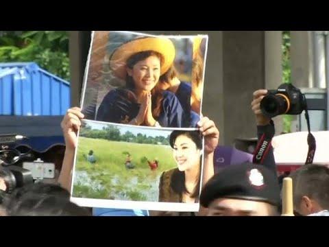 Ταϊλάνδη: Ένταλμα σύλληψης σε βάρος πρώην πρωθυπουργού