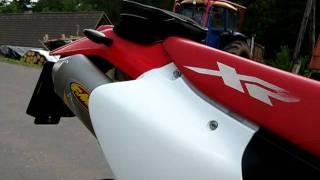 9. Honda XR 400 R Mikuni TM36 + FMF Powercore 4