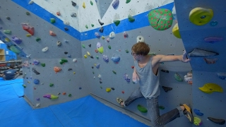 Jumping Into Walls With Louis Parkinson And Jack Beanland by Eric Karlsson Bouldering