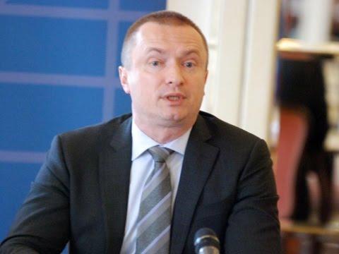 Бојан Пајтић: Политика Владе Србије води у пропаст