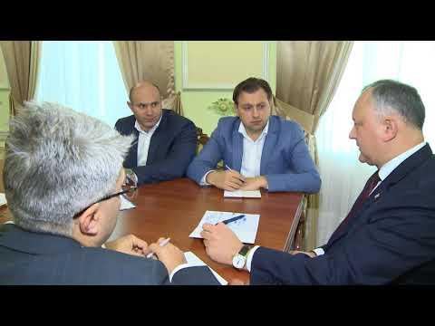 Președintele a convocat o ședință de lucru pe problema deschiderii birourilor publice