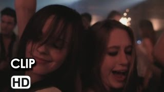 Nonton Bling Ring Clip Ufficiale 'Living the dream' (2013) - Emma Watson Movie HD Film Subtitle Indonesia Streaming Movie Download