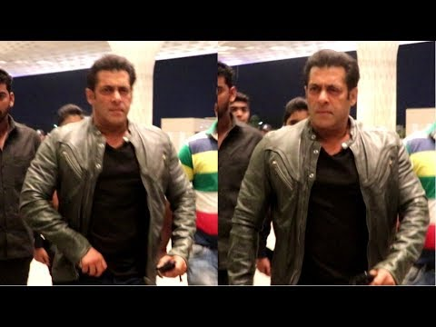Salman Khan Spotted At Mumbai Airport