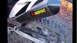 9. Comparing stock exhaust with Akrapovic slip on - KTM 690 Enduro R