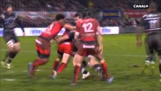 Video Grosse bagarre entre deux joueurs au rugby! MP3, 3GP, MP4, WEBM, AVI, FLV November 2017