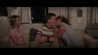 "Video We're The Millers - "" How To Kiss "" Clip - 2014 Jennifer Aniston Movie HD MP3, 3GP, MP4, WEBM, AVI, FLV April 2019"