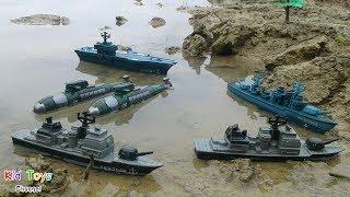 Naval Forces Battle fleet Command base Aircraft carrier Destroyer Submarine Frigate Toys for kids