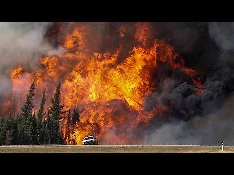 Καναδάς: Μαίνεται ανεξέλεγκτα η πυρκαγιά στο Φορτ Μακ Μάρεϋ