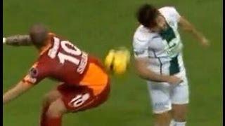 Wesley Sneijder passt mit seinem Arsch