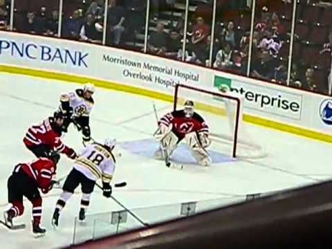 Martin Brodeur Incredible Save!!!!! NJ Devils