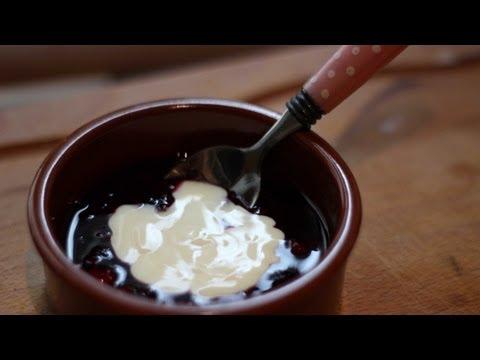 Rote Grütze – red fruit jelly – German dessert recipe