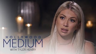 Video Tyler Henry Delivers a Message to Stassi Schroeder | Hollywood Medium with Tyler Henry | E! MP3, 3GP, MP4, WEBM, AVI, FLV Juni 2018