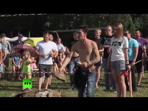 В России состоялся чемпионат по метанию коровьих лепешек
