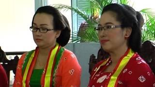 Video 14.  Gusti Mung: Busana Jawa, Dialog bersama Wanita Berkebaya MP3, 3GP, MP4, WEBM, AVI, FLV Juni 2017
