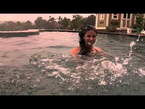 underwater (grand lux-tours)