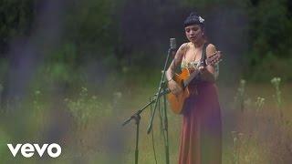 Mon Laferte - Salvador (Acústico) - YouTube