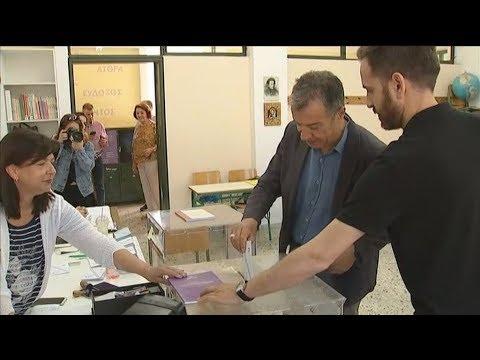 Στ. Θεοδωράκης: Για να γεννηθούμε ένα σπερματοζωάριο δεν δείλιασε και έφυγε μπροστά
