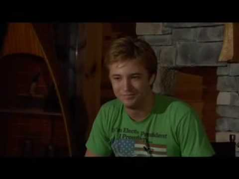 """Twilight co-star Michael Welch says """"Thanks""""!"""