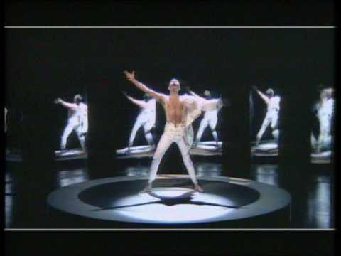 Tekst piosenki Freddie Mercury - I Was Born To Love You po polsku