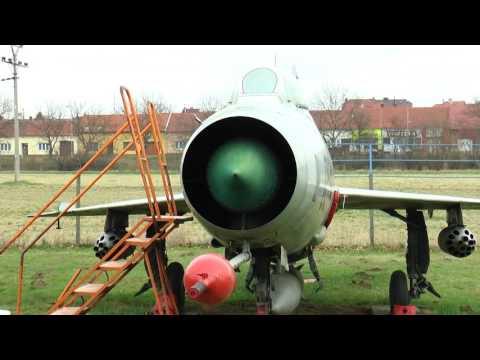 Kunovice - V leteckém muzeu se uklízelo