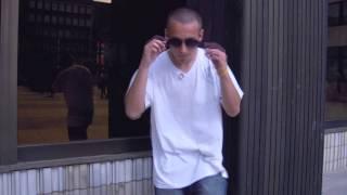 Video U.K.N - Dívám se do zrcadla (Official Music Video)