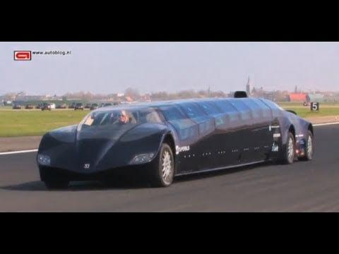 當你覺得已經看完了杜拜超誇張的奢華行為時,你應該先來看看這台3億5千萬的「超級公車」!