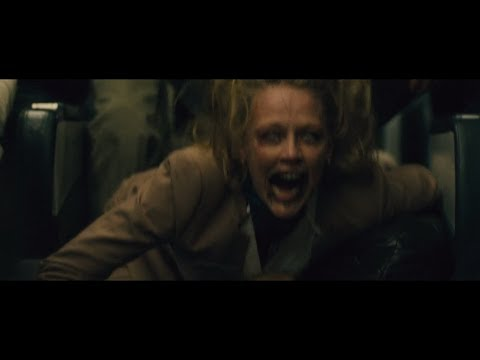Zombies in the Plane: World War Z 2013