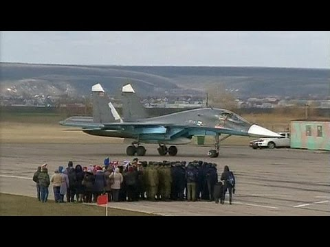 Ρωσία: Υποδοχή ηρώων για τους πιλότους που επέστρεψαν από τη Συρία