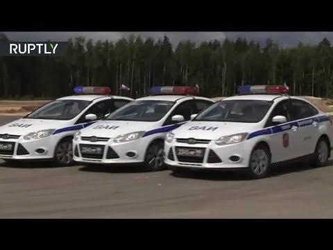 Мастер-класс по экстремальному вождению показали военные автоинспекторы - DomaVideo.Ru