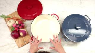 7 Quart Round Covered Casserole Demo Video Icon