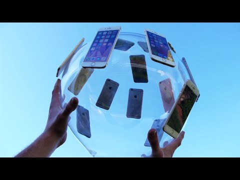 他把黏著「14台iPhone 6S」的玻璃球從10樓往下扔,最後的結果讓他下樓查看時覺得超訝異啊!