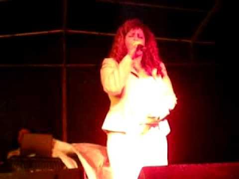 Shirley Carvalhaes em Flora Rica- SP em 30/05/2010 (parte 1)