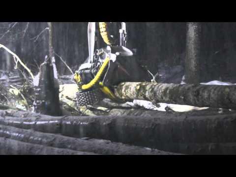 KESLA 28RHS on a Hyundai excavator