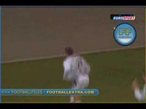 Espectacular gol de Bryan Bergougnoux